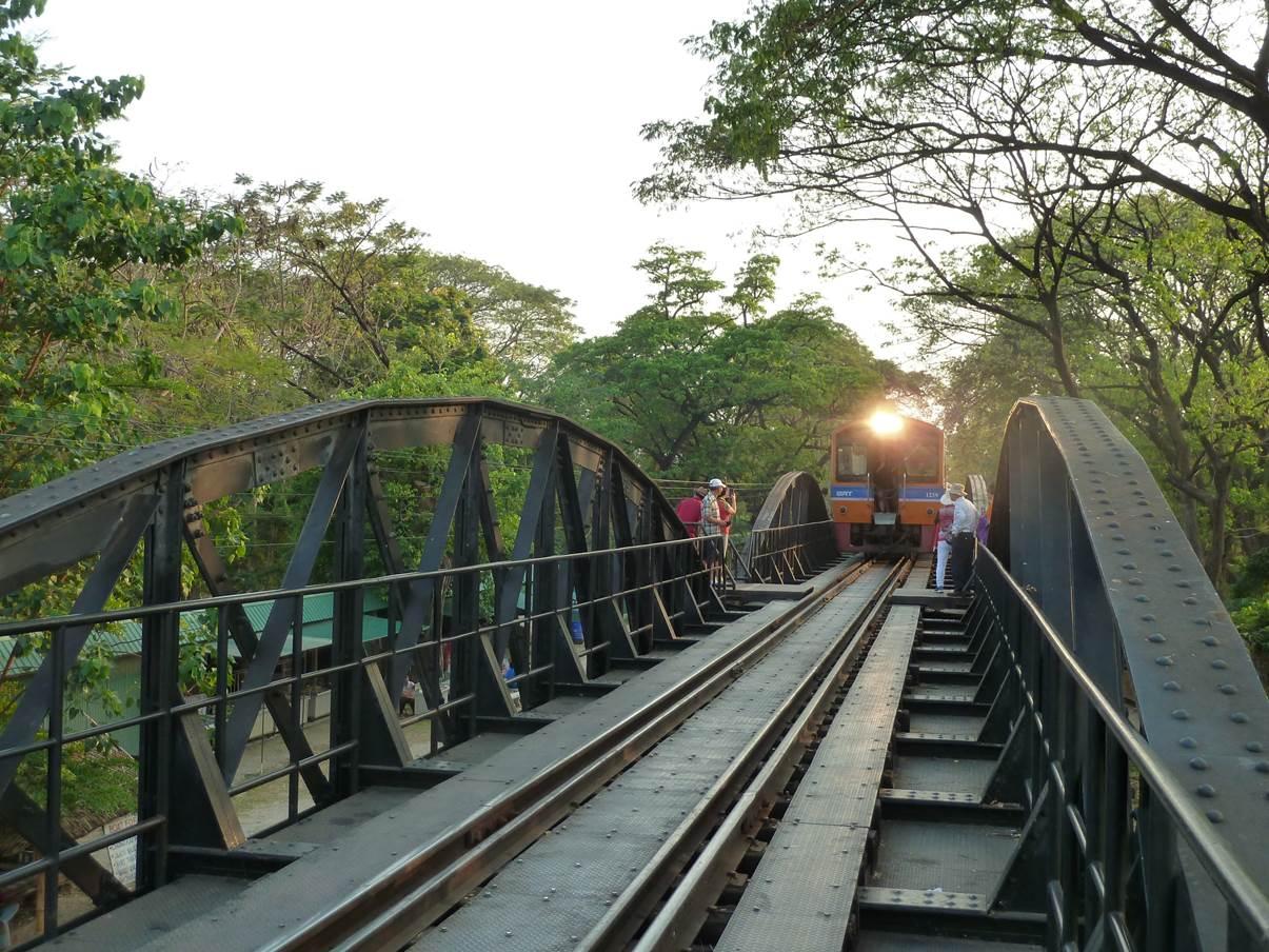 Pont sur rivière Kwai