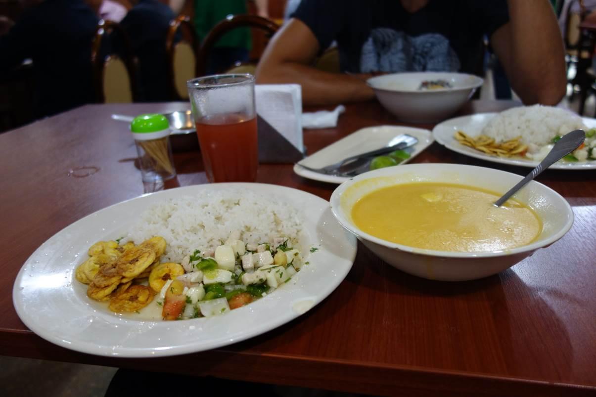 Ceviche con arroz
