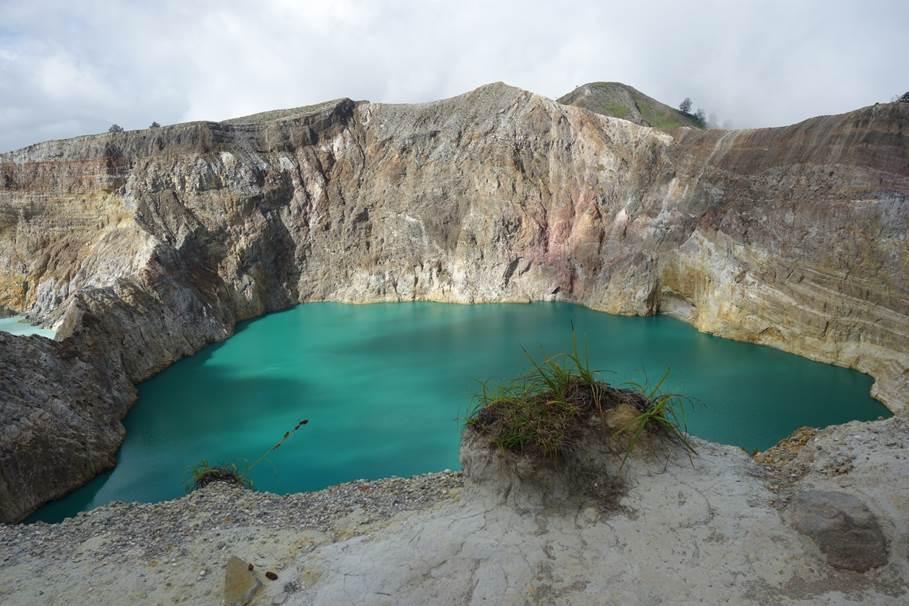 Volcan Kélimutu aux 3 couleurs - Flores